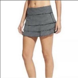 ATHLETA Swagger Short Skort Striped Ruffle Skirt